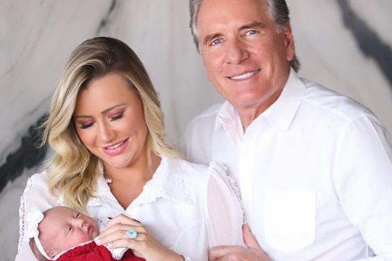 Ana Paula Siebert emociona com novo click inédito da filha recém-nascida, Vicky