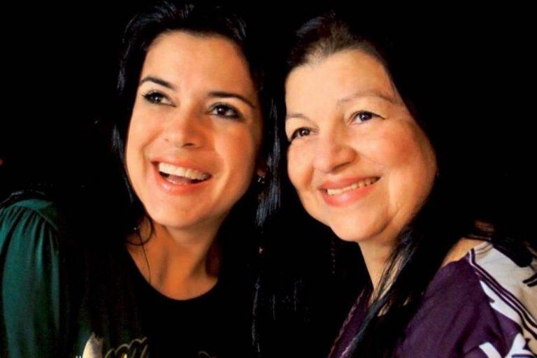 """Mara Maravilha relembra fotos ao lado da mãe e presta homenagem: """"Saudades"""""""