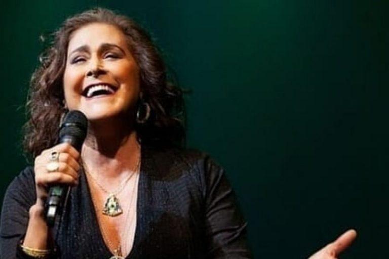 Cantora Joanna celebra quatro décadas de carreira