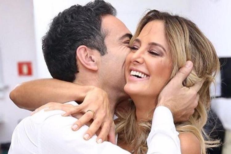 Ticiane Pinheiro surge ao lado do marido  César Tralli e se declara