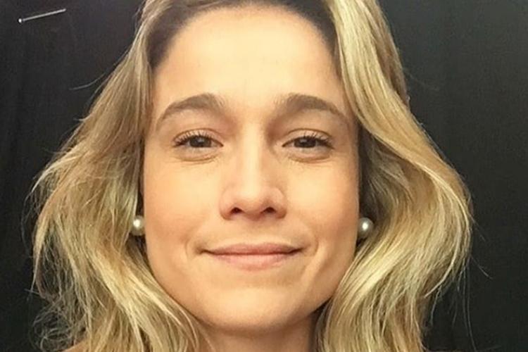 """Fernanda Gentil, longe do filho há 3 meses desabafa: """"Saudade física, daquela que irrita"""""""