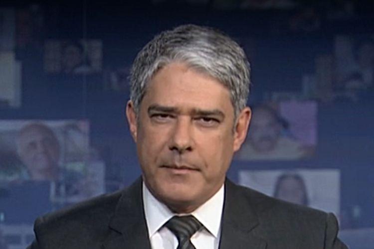 O jornalista William Bonner, durante o Jornal Nacional deste último sábado (20) - Reprodução: TV Globo