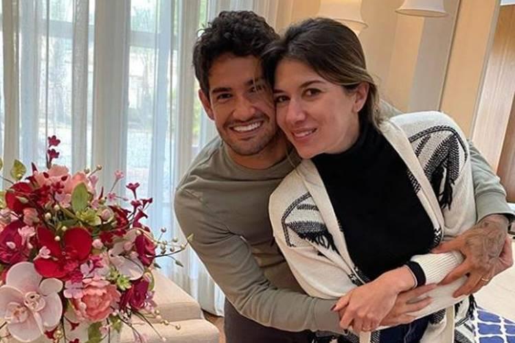 Rebeca Abravanel e Alexandre Pato celebram o primeiro ano de casados