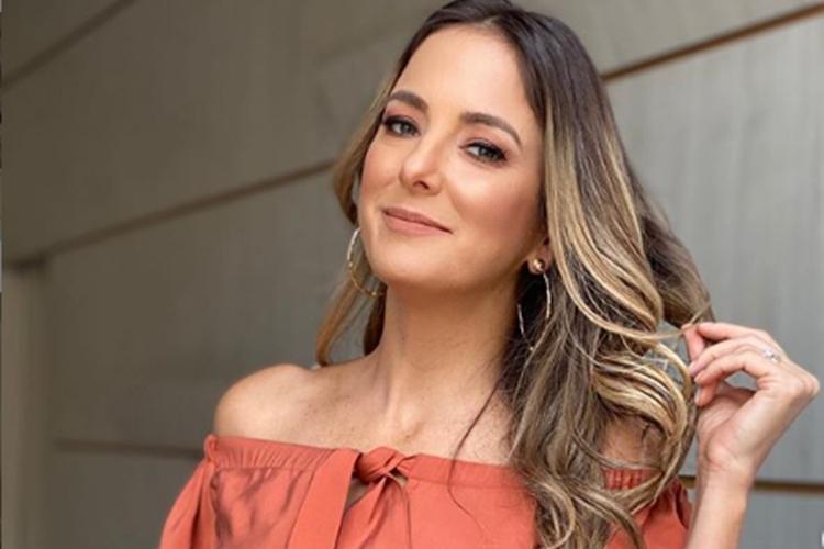 Com click antigo, Ticiane Pinheiro celebra aniversário da amiga Isabella Fiorentino