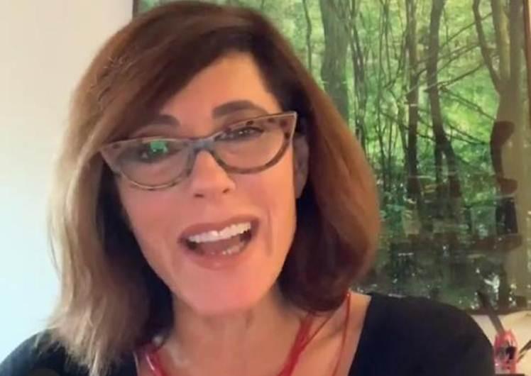 Em live com ator, Christiane Torloni confirma convite para 'Verdades Secretas 2'