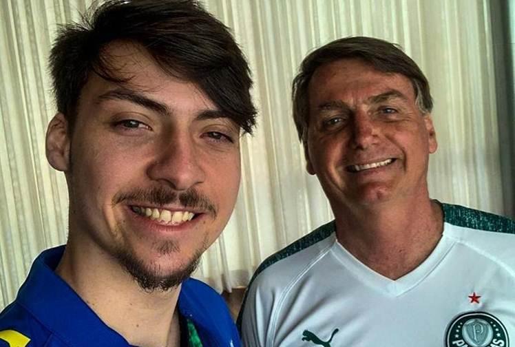 Chega ao fim o namoro do filho de Jair Bolsonaro