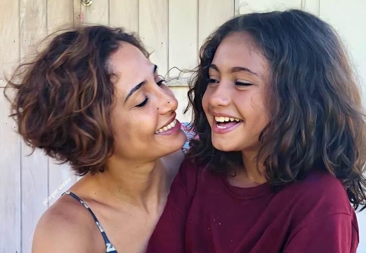 """Camilla Pitanga e filha se recuperam de doença: """"Estamos curadas"""""""