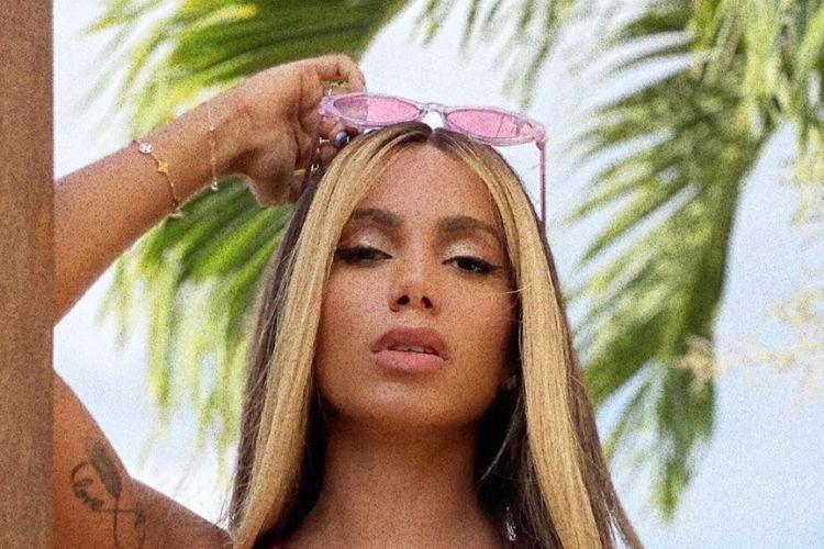 Anitta quebra o silêncio sobre gravidez