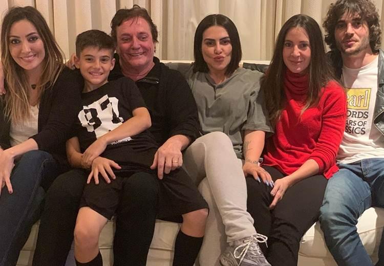 Fábio Jr. compartilha momento com os herdeiros e reclama de saudades