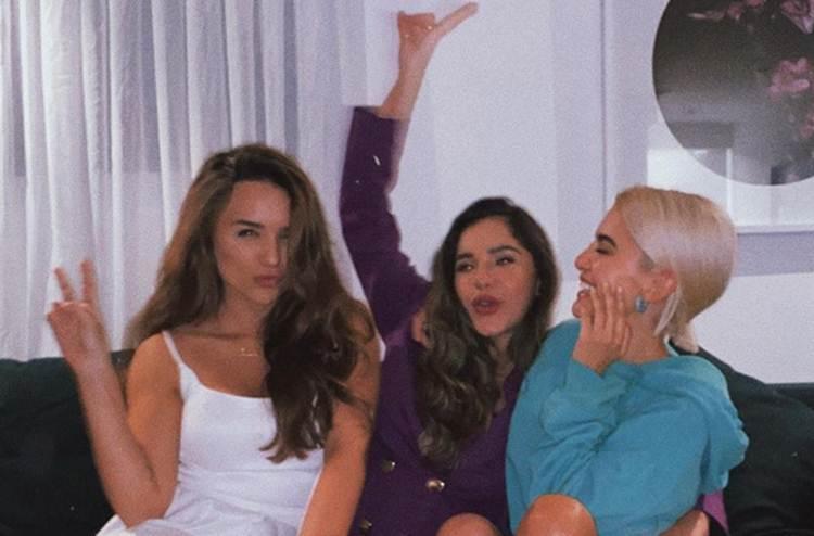 Rafa Kalimann compartilha encontro com Gizely Bicalho e Manu Gavassi: 'noite MUITO especial'