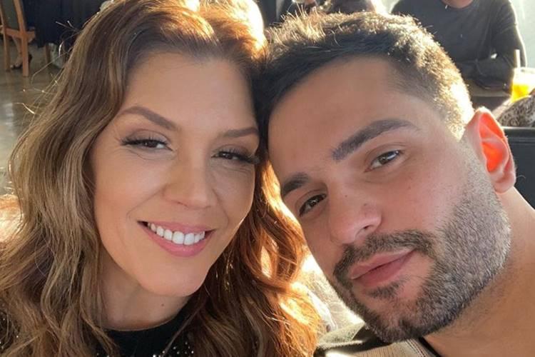 Simony anuncia noivado com cantor sertanejo Felipe Rodrigues