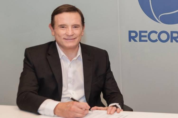 Roberto Cabrini - Reprodução: Record (Assessoria)