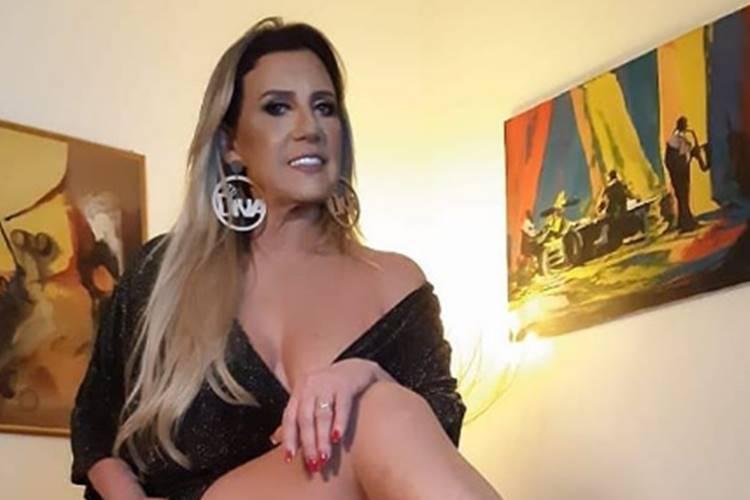 Rita Cadillac vai estar em breve nas telonas: Cantora grava documentário sobre pandemia