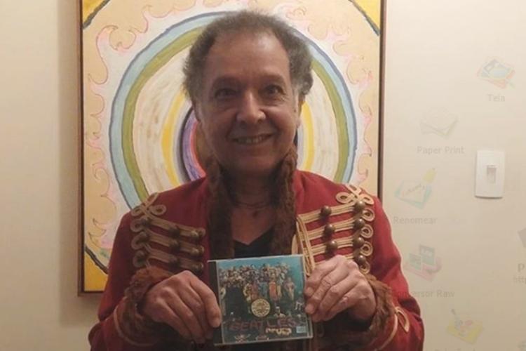 Arnaldo Baptista, músico dos anos 60 pede ajuda e faz rifa para sobreviver