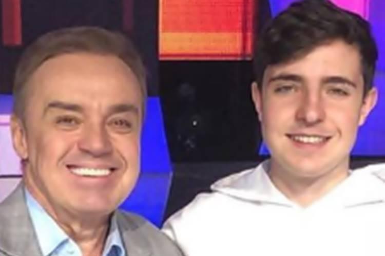 Filho de Gugu Liberato revela desejo de seguir carreira do pai - Foto: Reprodução/Instagram@joaoaugustoliberato