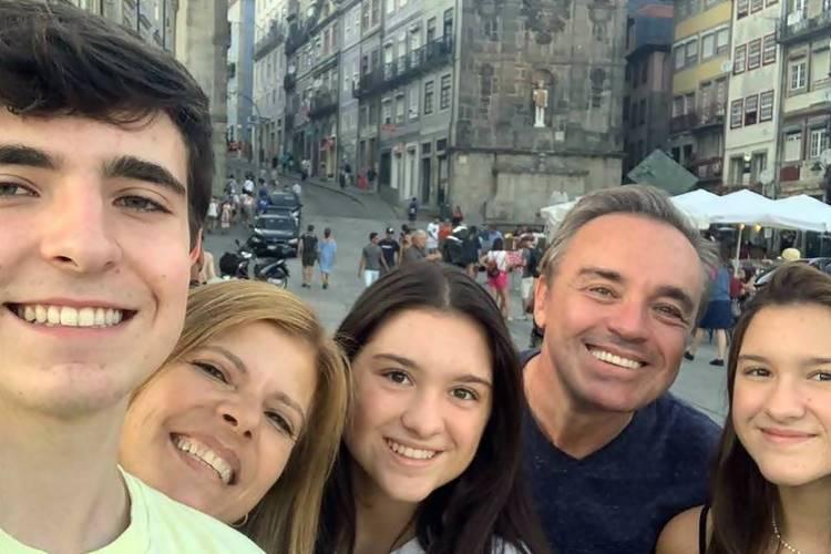 Após quase um ano de morte do apresentador, família de Gugu cria campanha incentivo a doação de órgãos - Foto: Reprodução/Instagram@guguliberato