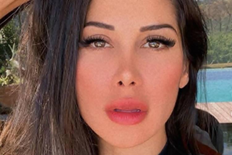 Mayra Cardi tira fotos sem roupa e desabafa: ''Está faltando marido'' - Foto: Reprodução@instagram@mayracardi