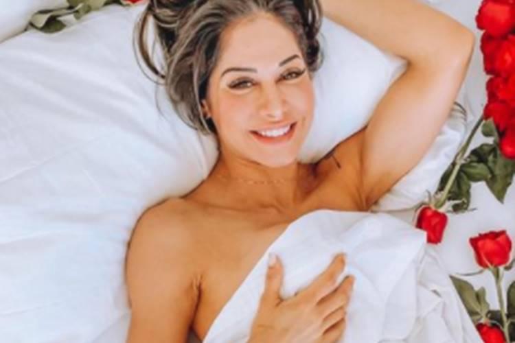 Ao postar mais uma foto sem roupas, Mayra Cardi é criticada por internautas: ''Não sabe o que fazer mais para chamar a atenção'' - Foto: Reprodução/Instagram@mayracardi