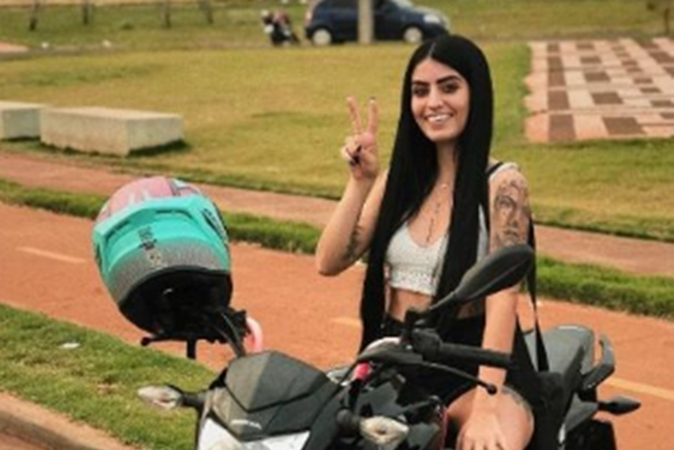 Youtuber Amanda Andrade Maturana foto reprodução Instagram