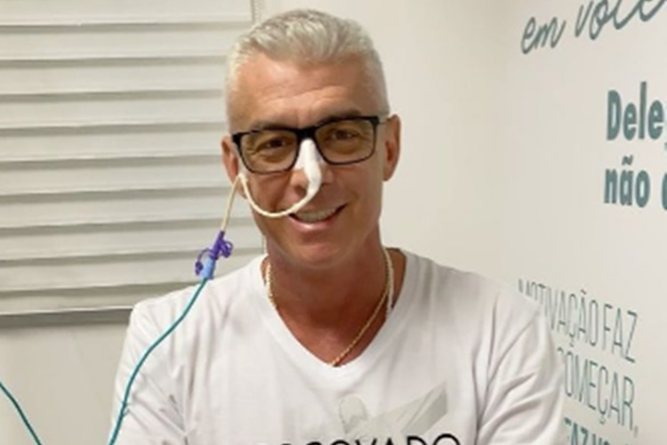 Alexandre Corrêa, marido de Ana Hickmann, comemora última radioterapia: ''Muito feliz'' - Foto: Reprodução/Instagram