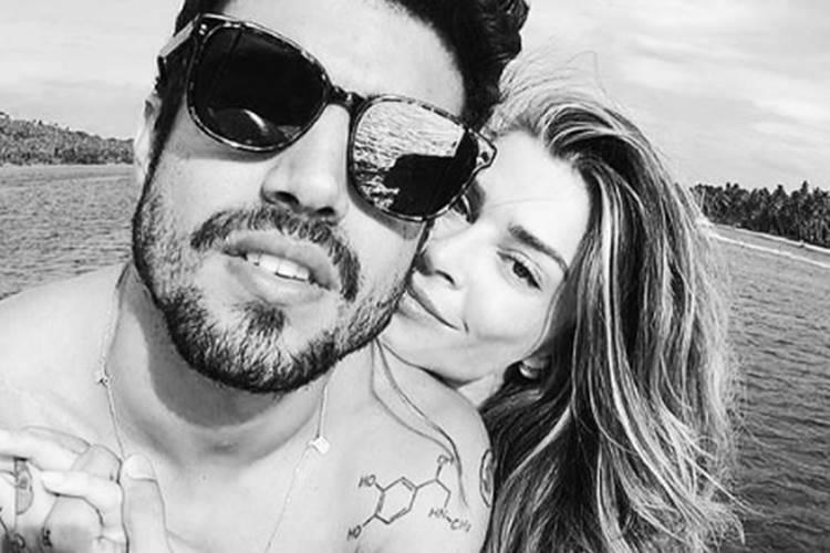 Grazi Massafera sinaliza fim de relacionamento com Caio Castro