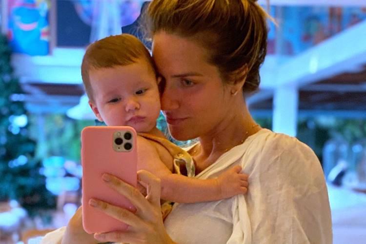 Giovanna Ewbank celebra 5 meses do filho Zyan