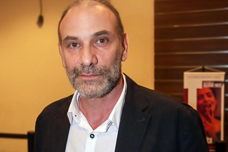 Marco Ricca apresenta melhora em quadro de Covid-19 e já respira sem ajuda de aparelhos - Foto: Reprodução/Raphael Castello/AgNews
