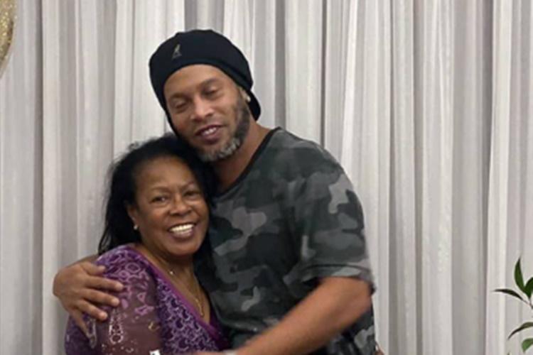 Com mãe internada no CTI, Ronaldinho Gaúcho adia trabalhos em sua gravadora - Foto: Reprodução/Instagram