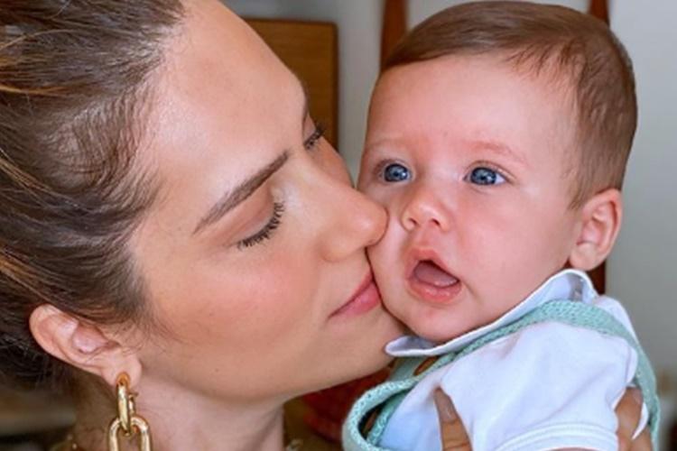 """Giovanna Ewbank comemora 6 meses de Zyan: """"Tempo, dá uma acalmada!"""""""
