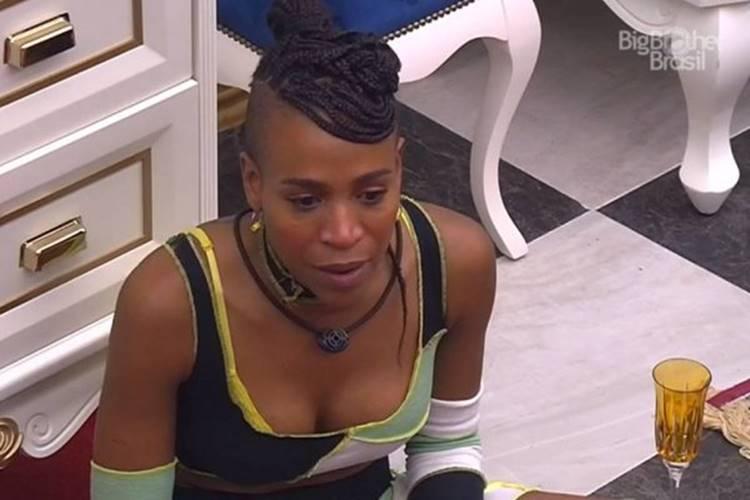 BBB21: Karol Conká se emociona ao desabafar sobre problema de alcoolismo do pai - Foto: Reprodução/Rede Globo