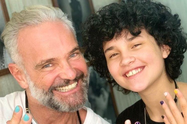 Matheus Carrieri e o, agora, filho - Reprodução: Instagram