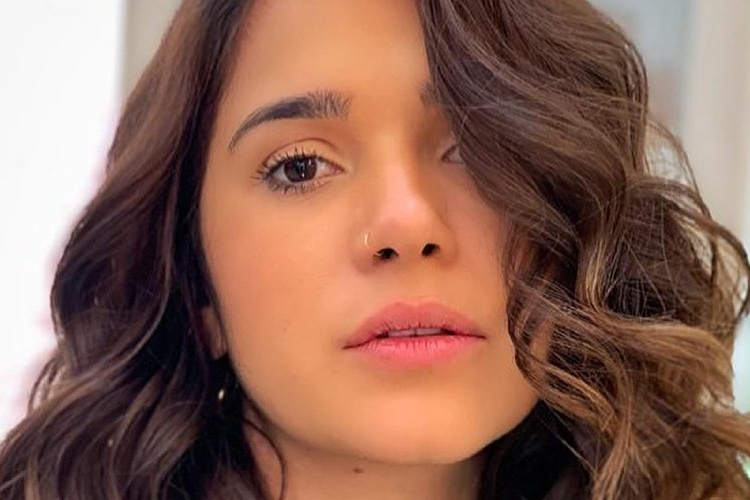 Gizelly Bicalho desabafa sobre golpe que mãe sofreu por falso sequestro