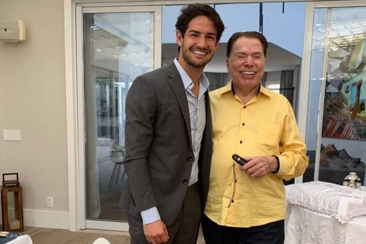 """Silvio Santos alfineta genro, Alexandre Pato, por até agora não ter lhe dado um netinho: """"Só joga com uma bola"""""""