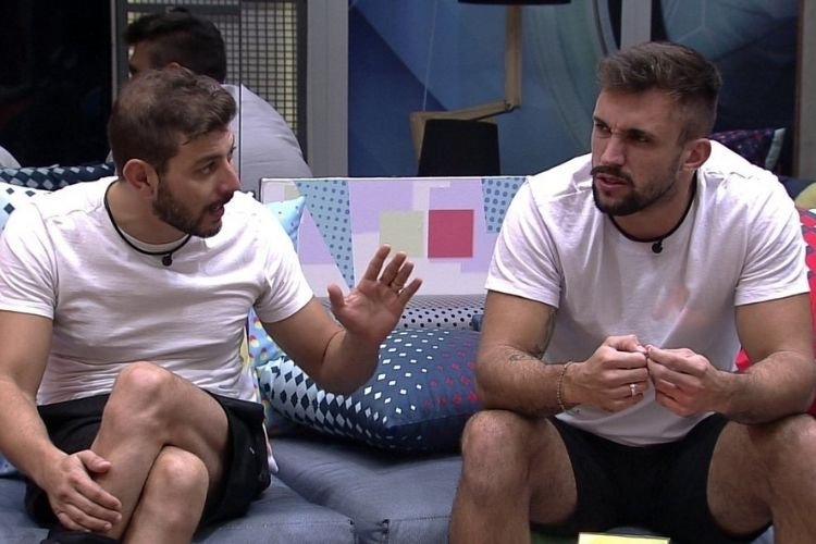Arthur e Caio - Reprodução: TV Globo