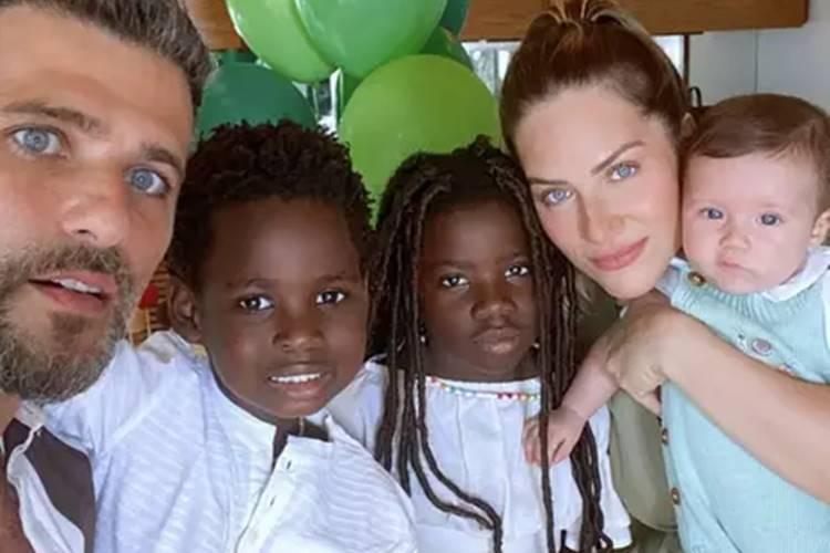 Pai de três, Bruno Gagliasso afirma que pensa em ter mais filhos com Giovanna Ewbank