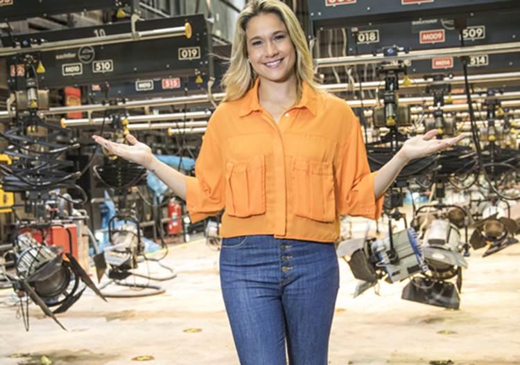 Fernanda Gentil convida o público para reestreia de 'Se Joga'