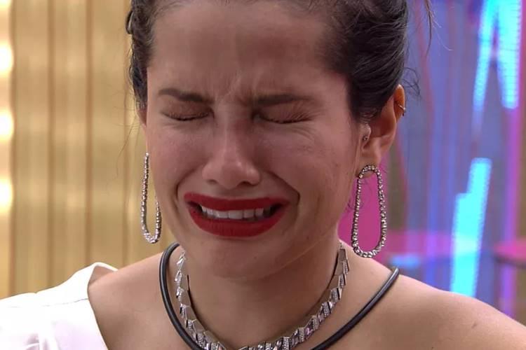 BBB21 - Juliette cai no choro/TV Globo