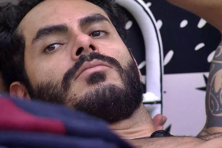 BBB21 - Rodolffo pede desculpa para João (Reprodução/Globo)