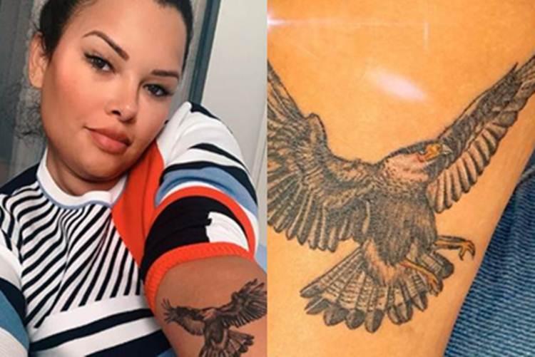 Ariadna faz tatuagem de símbolo da tribo carcará em 'No Limite'