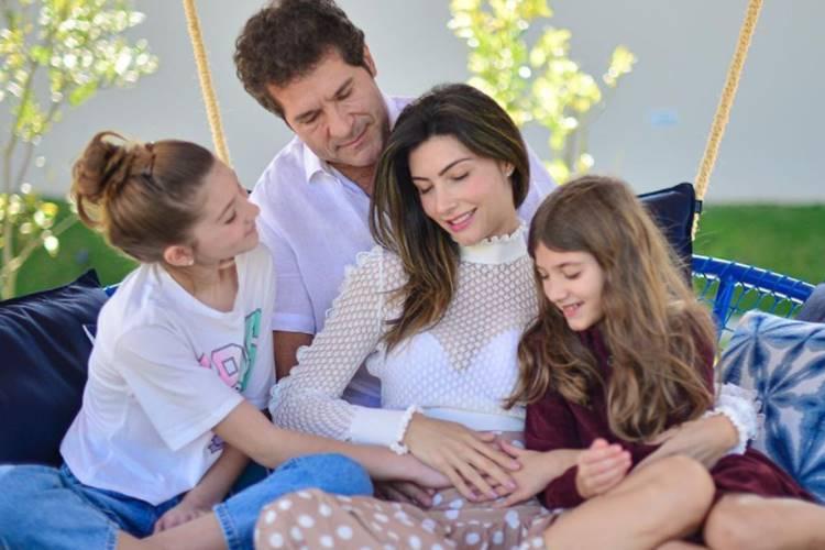 Daniel e Aline com as filhas/Instagram