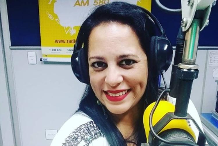 Érica Paixão Ribeiro foto reprodução instagram @ericapaixaolocutora