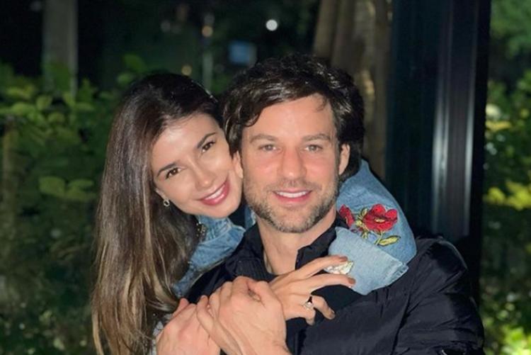Paula Fernandes e Rony Cecconello foto reprodução Instagram