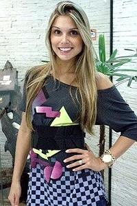 Ex-BBB Flávia Viana vai atuar na minissérie 'Cinquentinha', da Globo