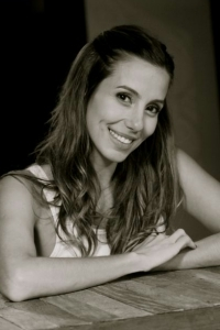 Jair de Oliveira posta em seu blog um poema que ele fez para sua esposa Tânia Khalill
