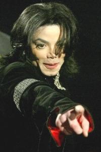 Músicas de Michael Jackson embalam novo espetáculo do Cirque du Soleil