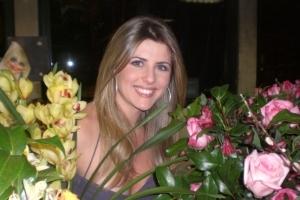 Íris Stefanelli ainda não sabe se irá se casar em São Paulo ou Uberlândia