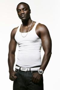 Brothers se empolgam com sucesso de Akon