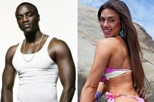 Nicole Bahls e o rapper Akon terminam namoro, diz jornal