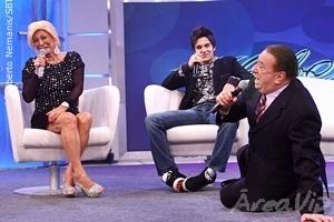 No programa Hebe, Raul Gil faz sua pré-estreia no SBT